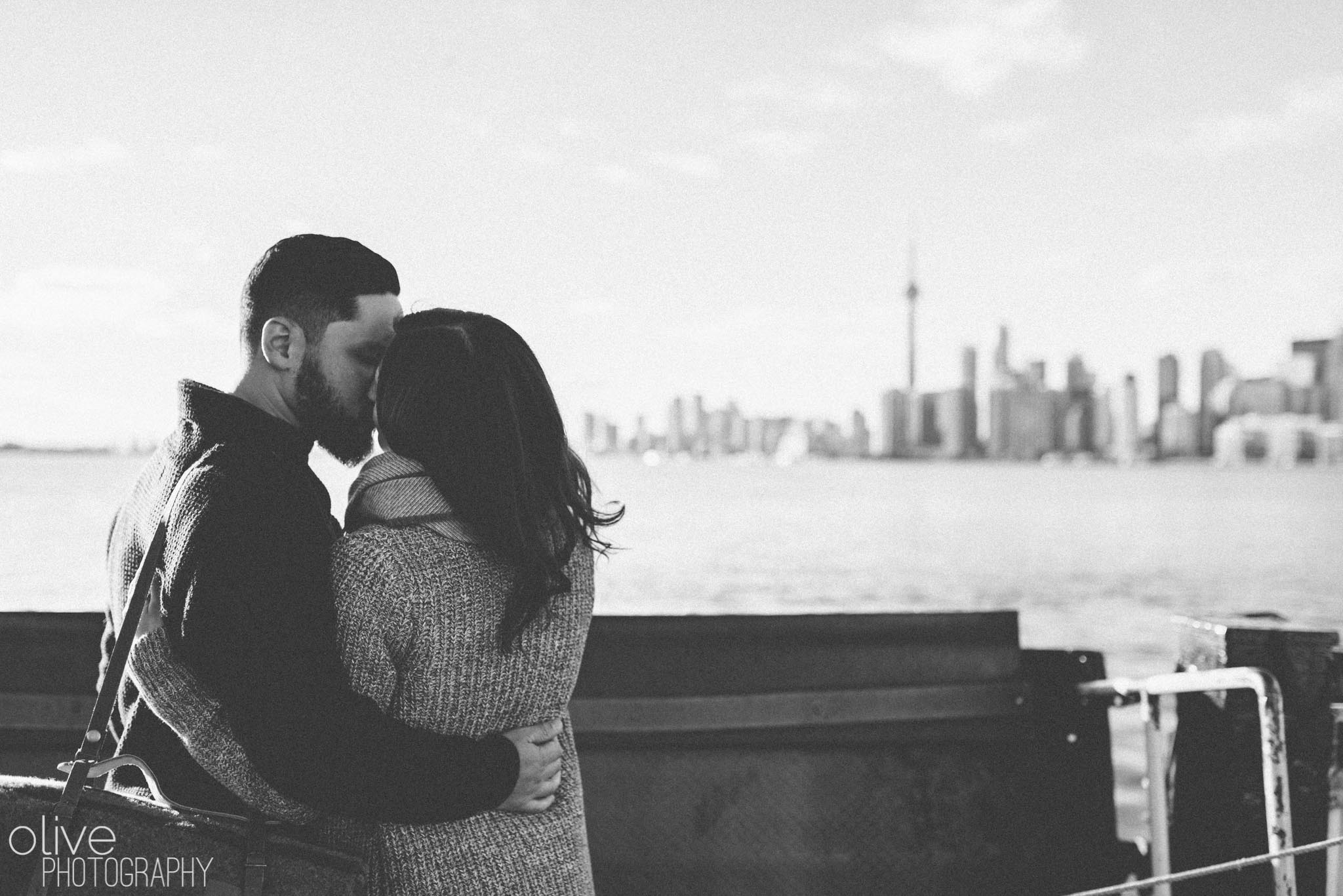 Toronto engagement session