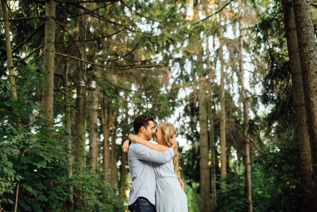 Courtney & Dan's Ward's Island Engagement