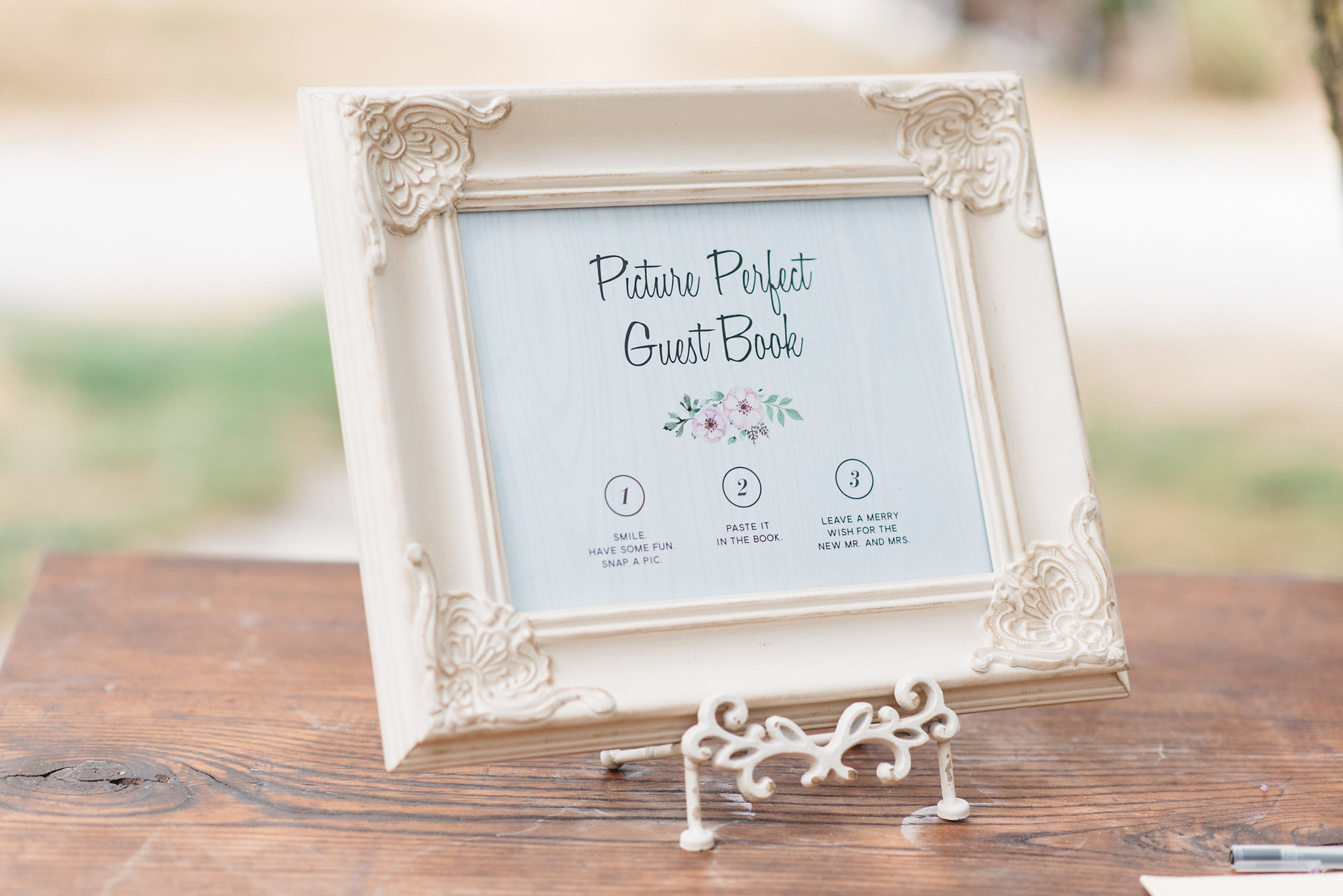 Polaroid Guest Book | Olive Photography