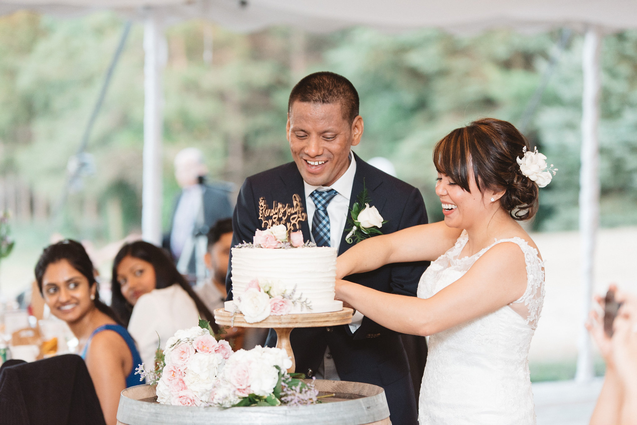 Cake Cutting Photos | Olive Photography Toronto