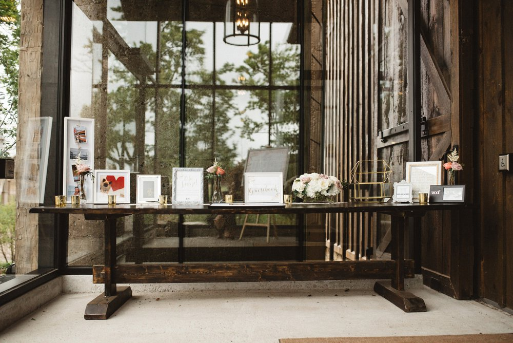 Guest Signing Table - Olive Photography