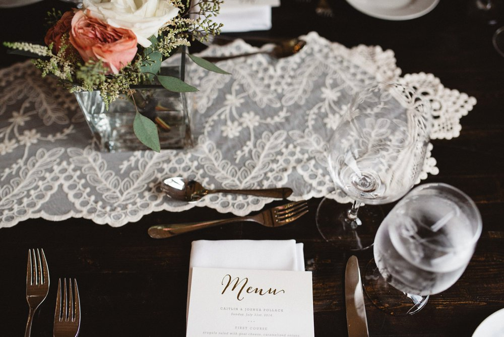 Rustic wedding decor - Olive Photography