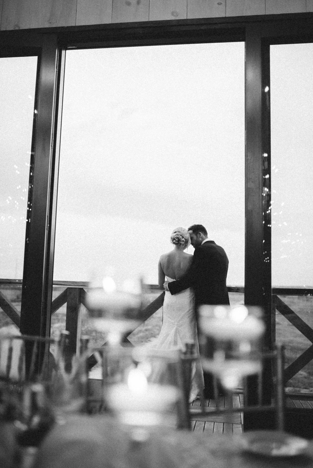 Black and White wedding photos - Olive Photography