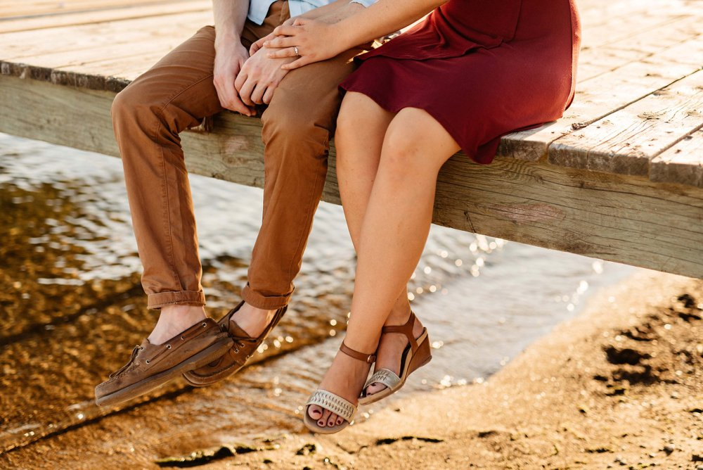 Dock engagement photos | Olive Photography