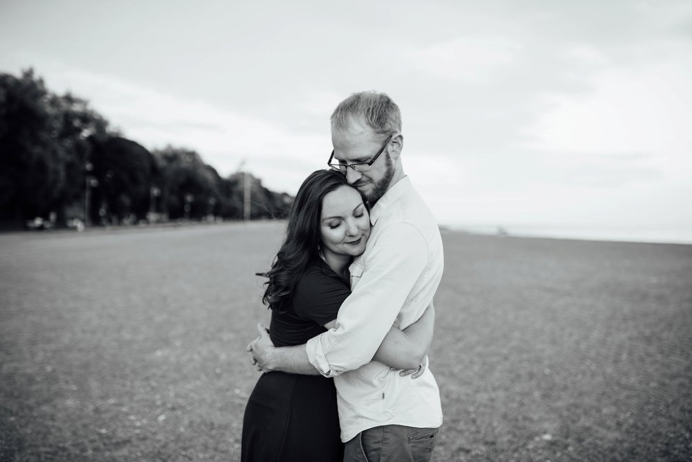 Toronto beach engagement photos | Olive Photography