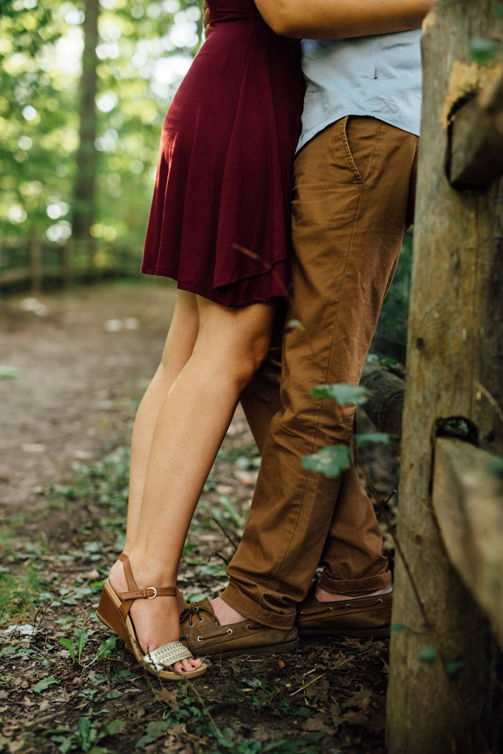 tippy toes kiss engagement photos | Olive Photography Toronto
