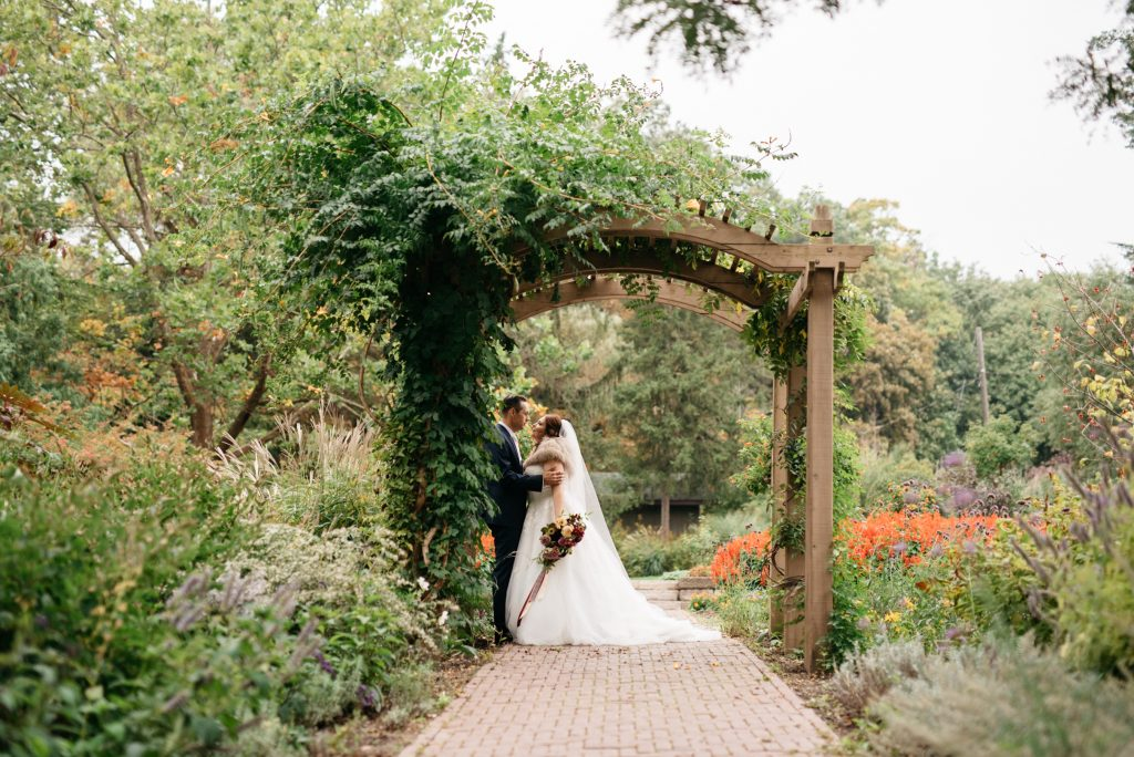 Toronto Wedding Photo Locations: James Gardens